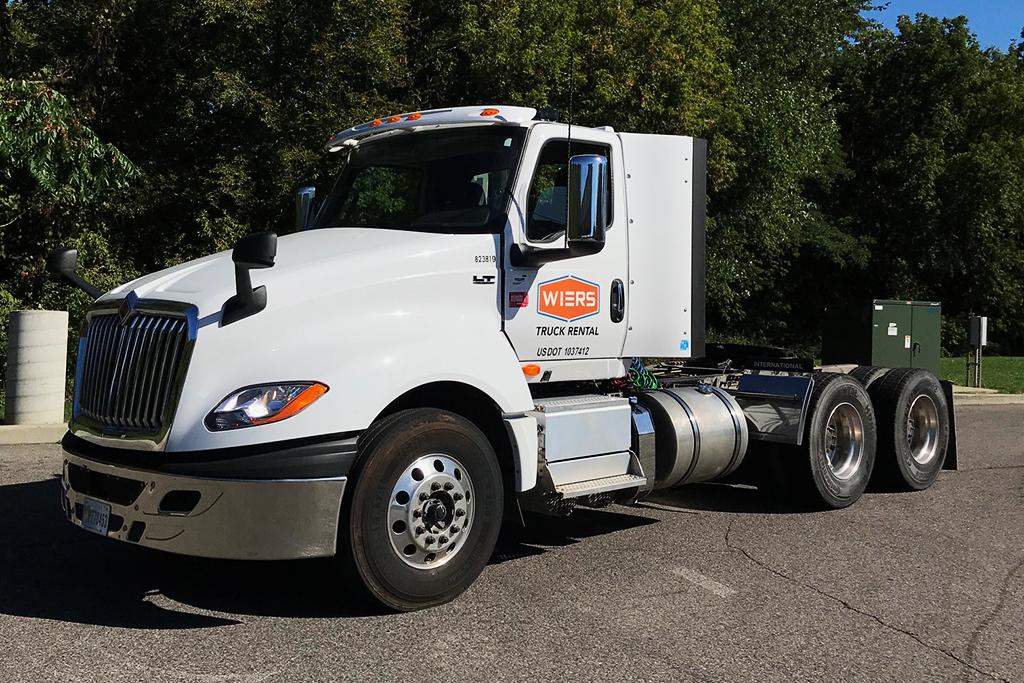 Full Service Truck Leasing